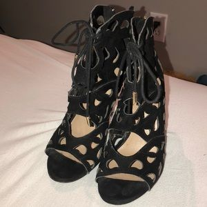Aldo black heels with laces